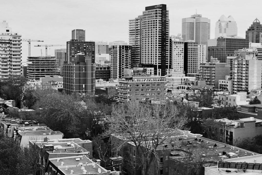 Montréal a eu 375 ans hier. Bonne fête Montréal!